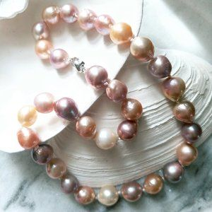 Nucleated Baroque Shape Multicolor Pearl Necklacee